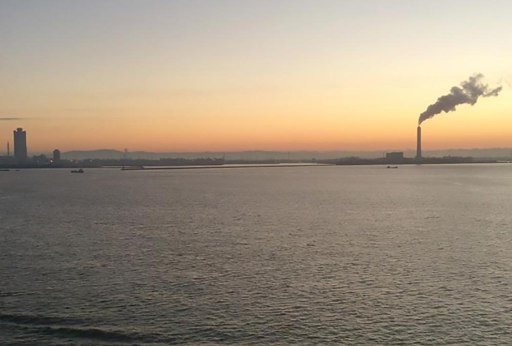 バルコニーからの景色(早朝) / イメージ